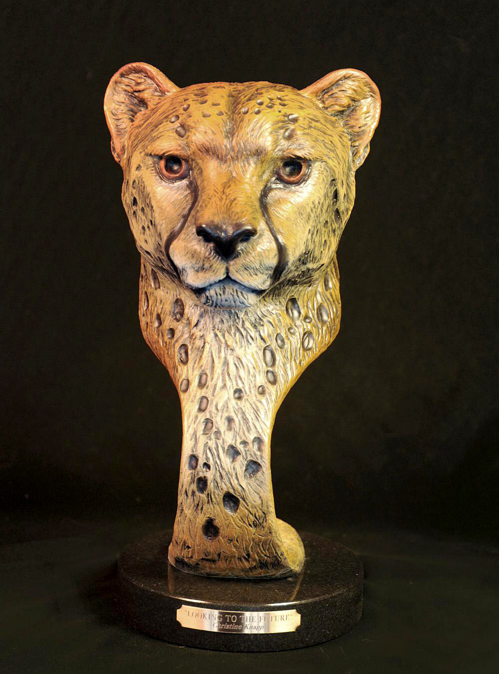 Cheetah Sculpture-Christine Knapp-Looking1