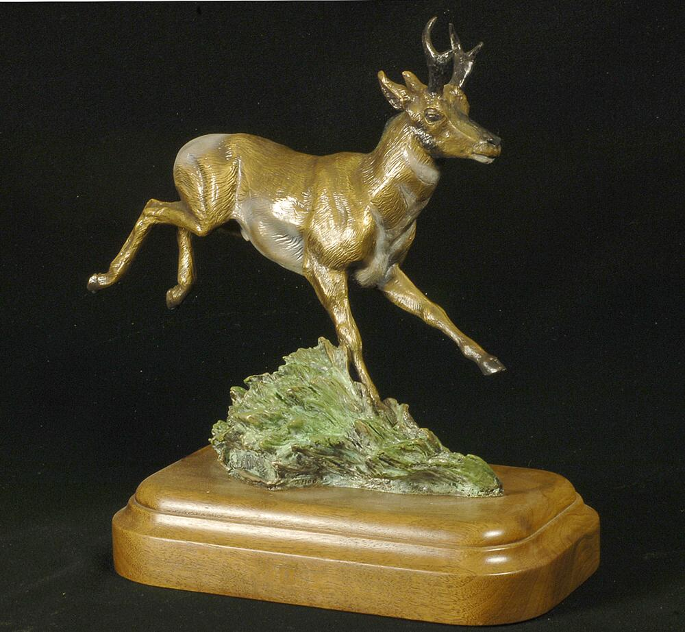 Pronghorn Sculpture-Christine Knapp-Born1