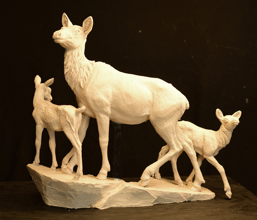 golden-elk-maquette-front-copy